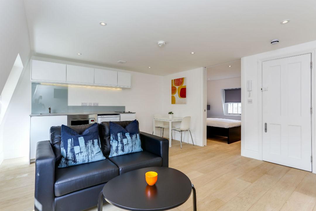 one-bedroom-top-floor-apartment-in-kings-cross