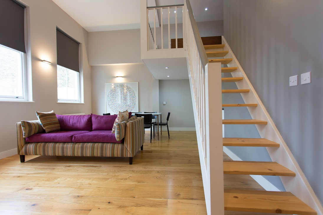 Split level very spacious apartment in West Hampstead