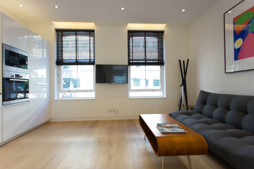 First floor studio flat in Fitzrovia london