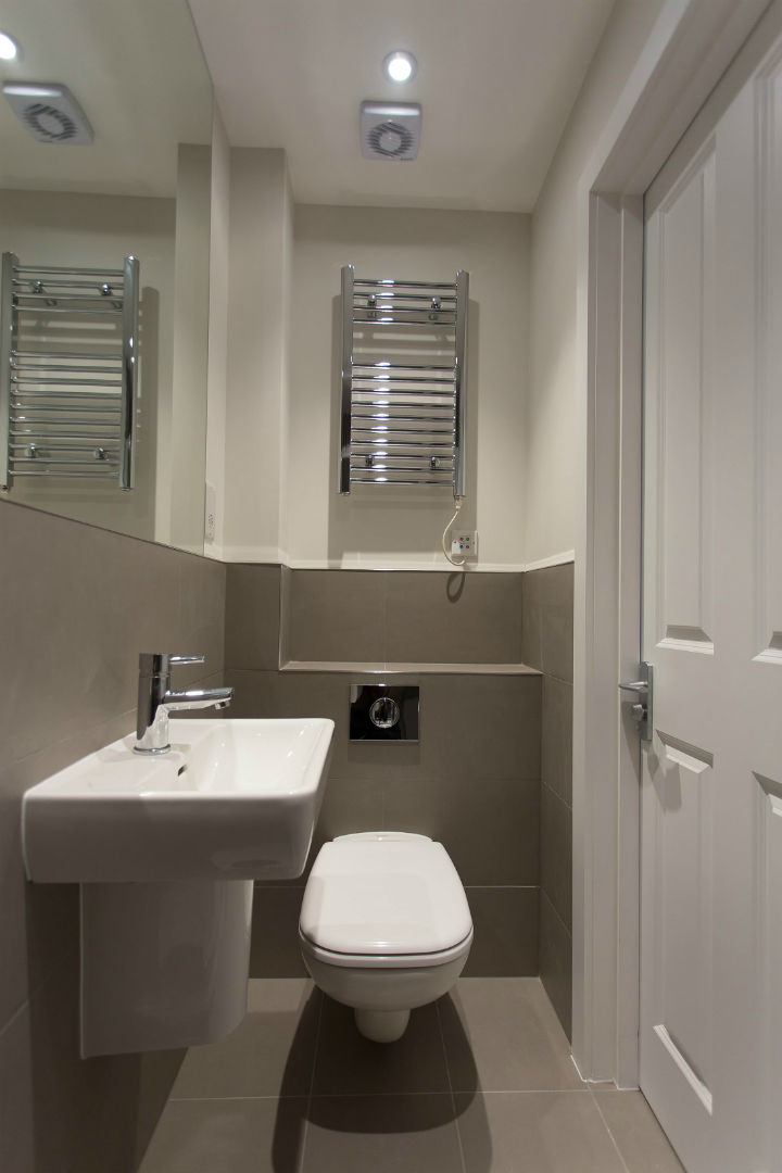 En Suite Bathroom in Holloway studio apartment